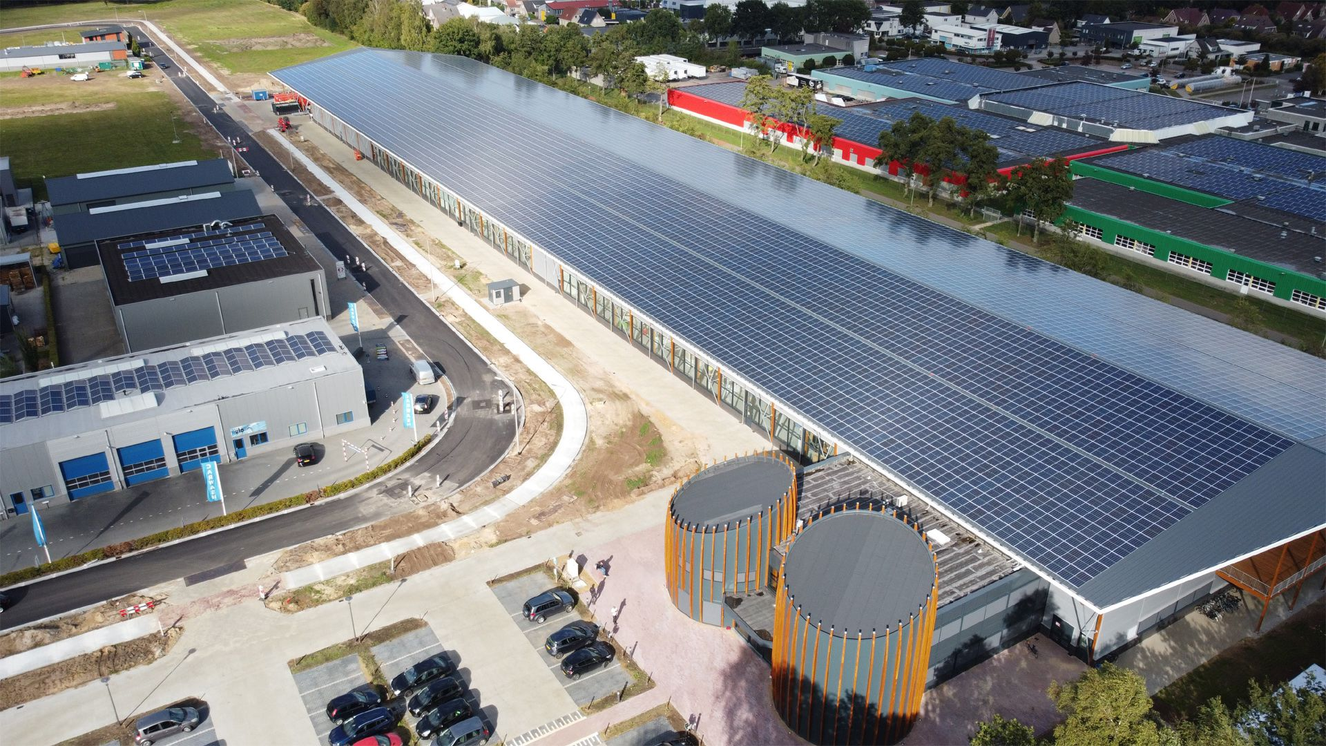 TRITEC supplies PV Mounting System for new Tenax building 1