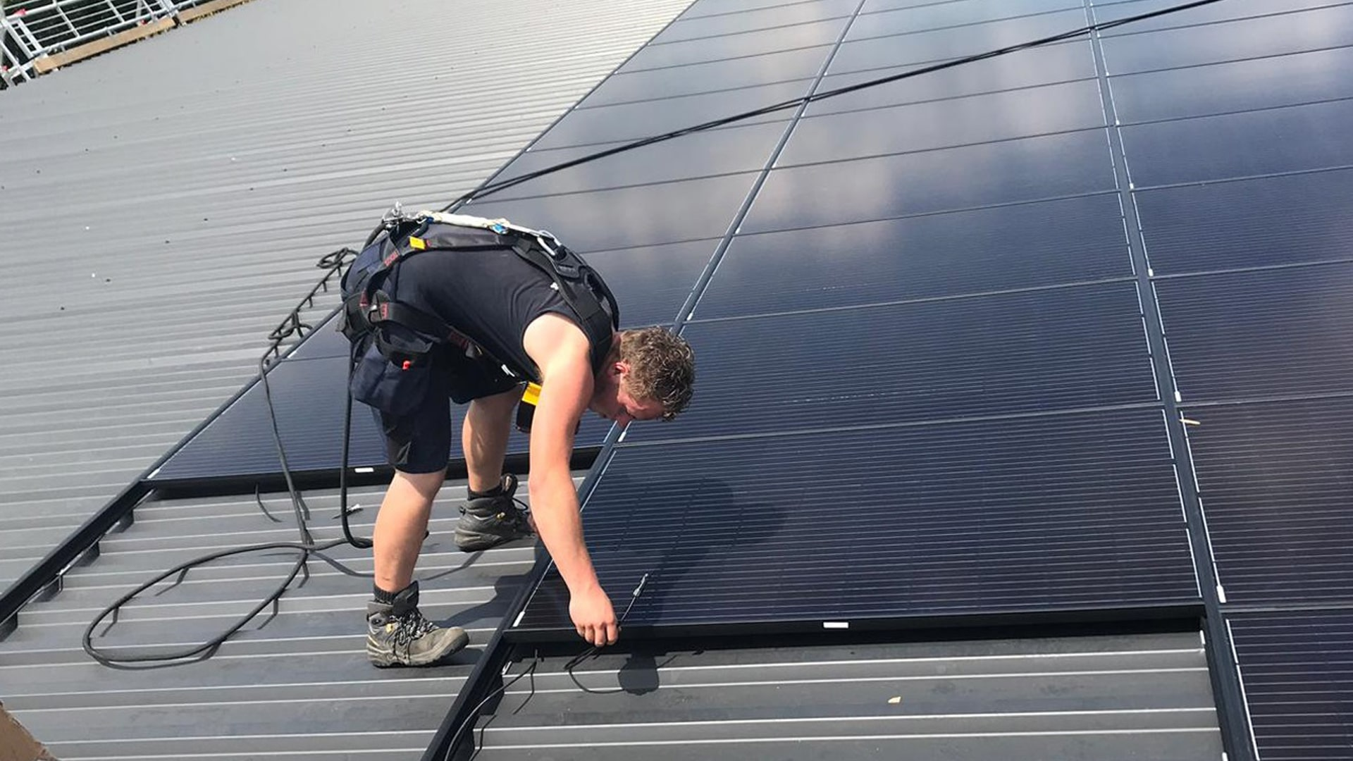 Are insertion mounting systems the better alternative for PV systems? 3