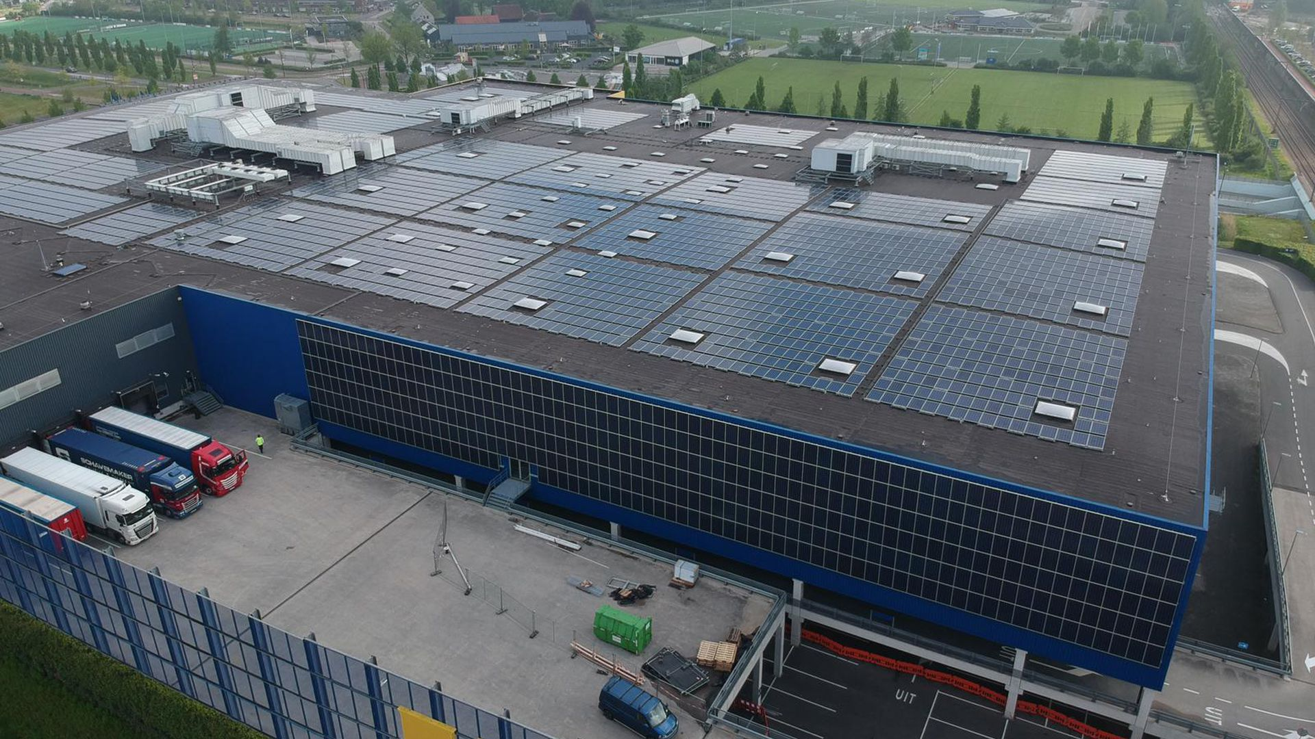 Möbelhaus in Amersfoort / 115kW 2